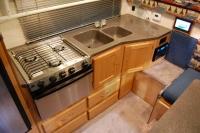 hallmark-everest-dise-kitchen1